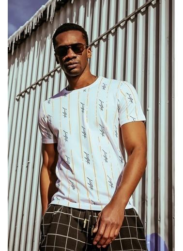 XHAN Beyaz Imza Baskılı T-Shirt 1Kxe1-44589-01 Beyaz